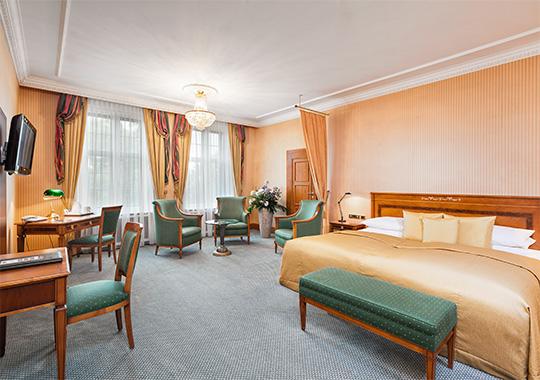russischerhof.hotel.name