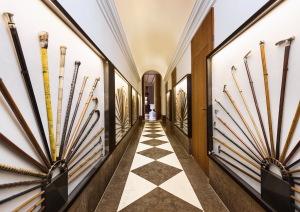 Die grandiose Spazierstock-Sammlung im Living Hotel De Medici