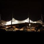 Ende Tag 2 - Das Olympiastadion bei Nacht.