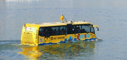 bus-1018329_1920