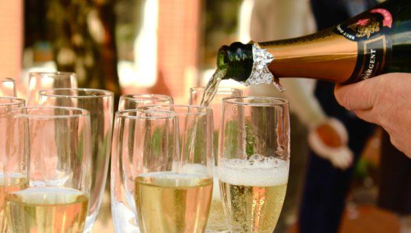 champagne-2407247_1920