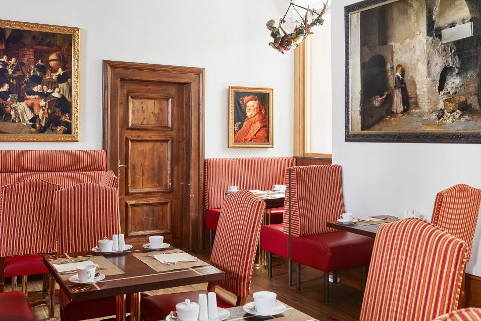 Ausschnitt Räumlichkeit Wiener Kaffeehaus De Medici Düsseldorf