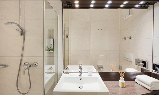 living-hotel-am-detuschen-museum-muenchen-economy-badezimmer-1