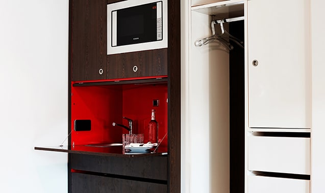 living-hotel-das-viktualienmarkt-muenchen-business-plus-kitchenette-1