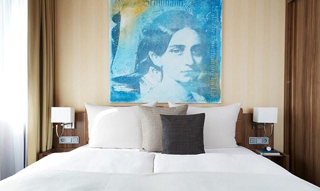 living-hotel-dusseldorf-business-bett1