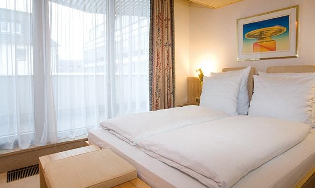 living-hotel-kanzler-bonn-superior-bett