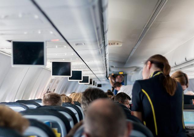 Flugzeug vor oder nach Landung von innen