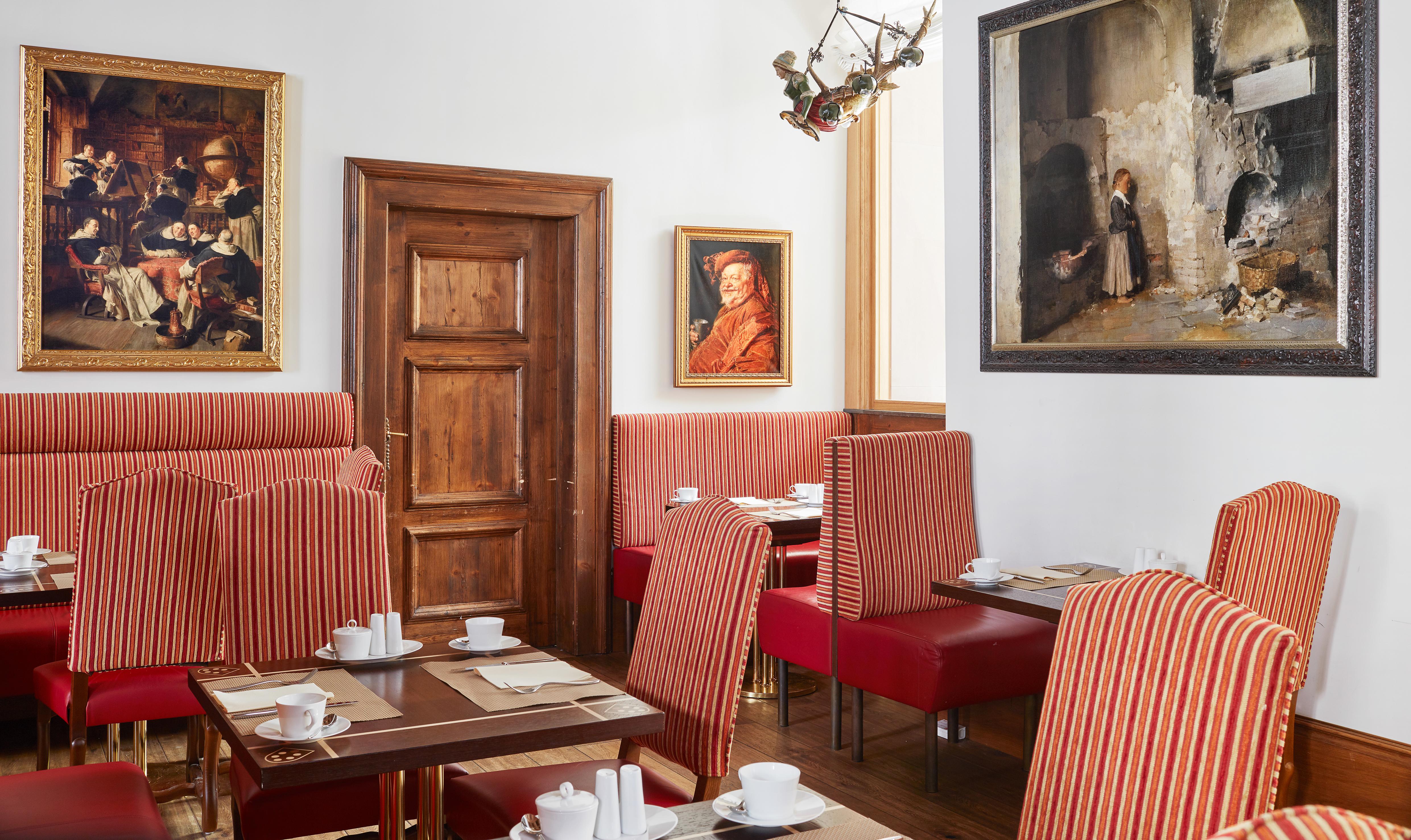 Düsseldorfs schönsten Cafes Derag Living Hotels
