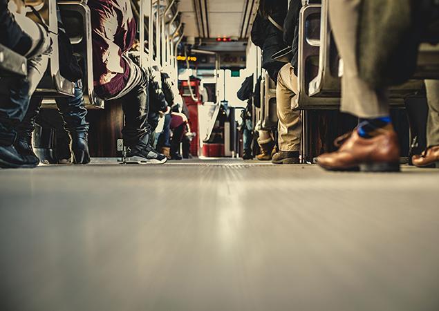 Ansicht Bus/Bahn von innen