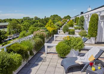 Living Hotel am Olympiapark München Terrasse