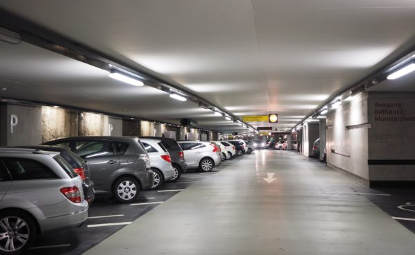 multi-storey-car-park-1271919_1920