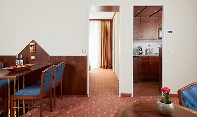 Living-Hotel-Weißensee-Berlin-Superior-Wohnbereich2