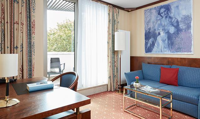 Living-Hotel-Kanzler-Bonn-Business-Wohnzimmer2