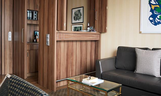 Living-Hotel-Dusseldorf-Deluxe-Kitchenette