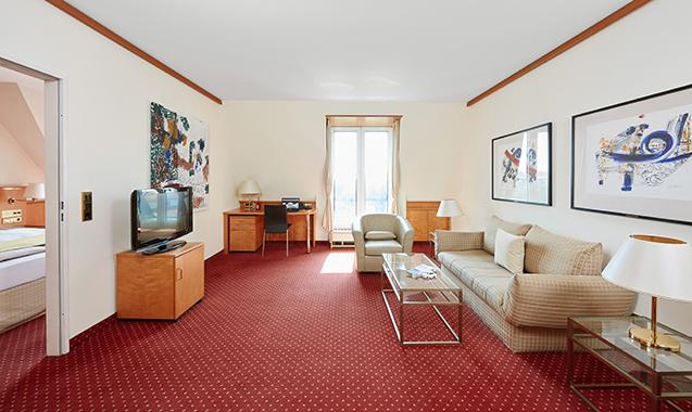 Living-Hotel-Großer-Kurfurst-Berlin-Superior-Wohnraum2