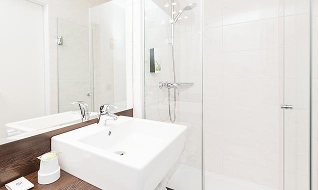 Living-Hotel-Apartments-Johann-Wolfgang-Frankfurt-Economy-Bad