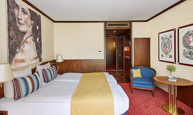 Living-Hotel-Prinzessin-Elisabeth-München-Doppel-Business-Schlafzimmer