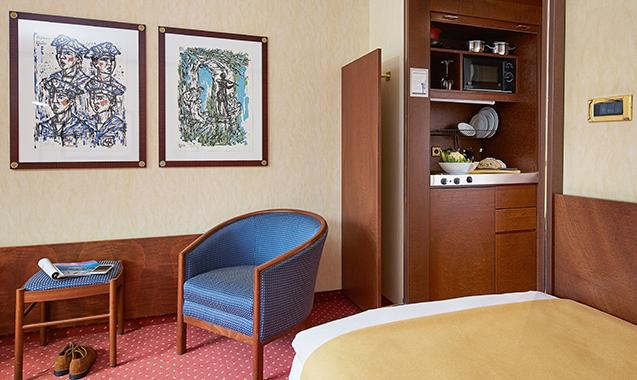 Living-Hotel-Prinzessin-Elisabeth-München-Einzel-Business-Bett