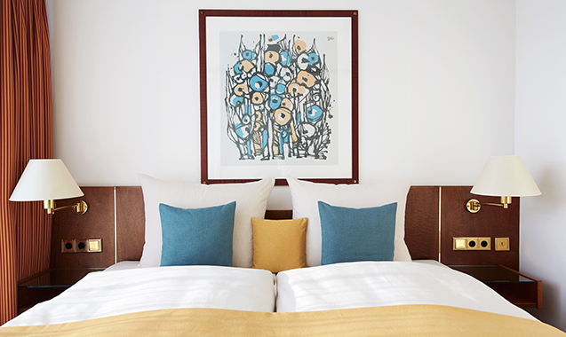 Living-Hotel-am-Olympiapark-München-Superior-Bett