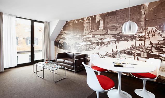 Living-Hotel-Das-Viktualienmarkt-München-Business-Plus-Wohnbereich