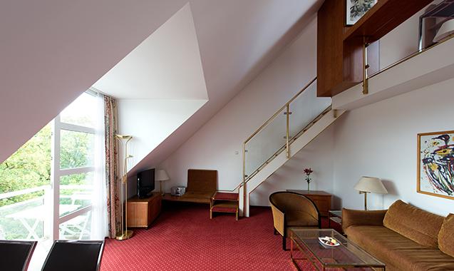 Living-Hotel-Nuernberg-2-Bedroom-Wohnzimmer3