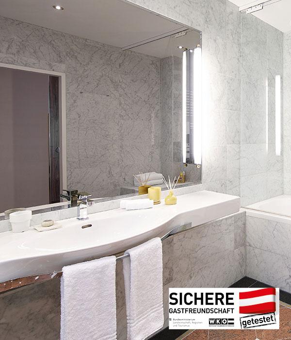 Living Hotel an der Oper Wien Apartment Badezimmer