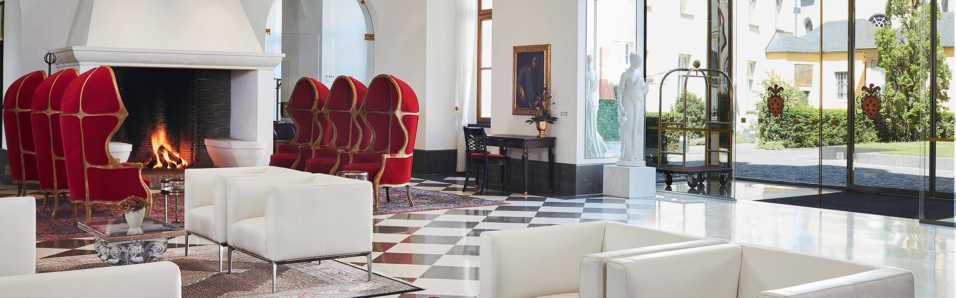 Living Hotel DeMedici Dusseldorf Lobby