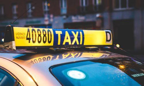 taxi-2118183_1920